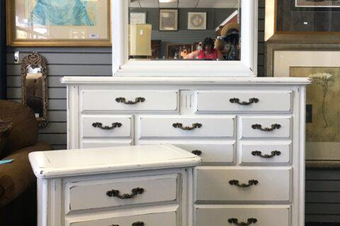 Beau KellaChic   Painted Furniture